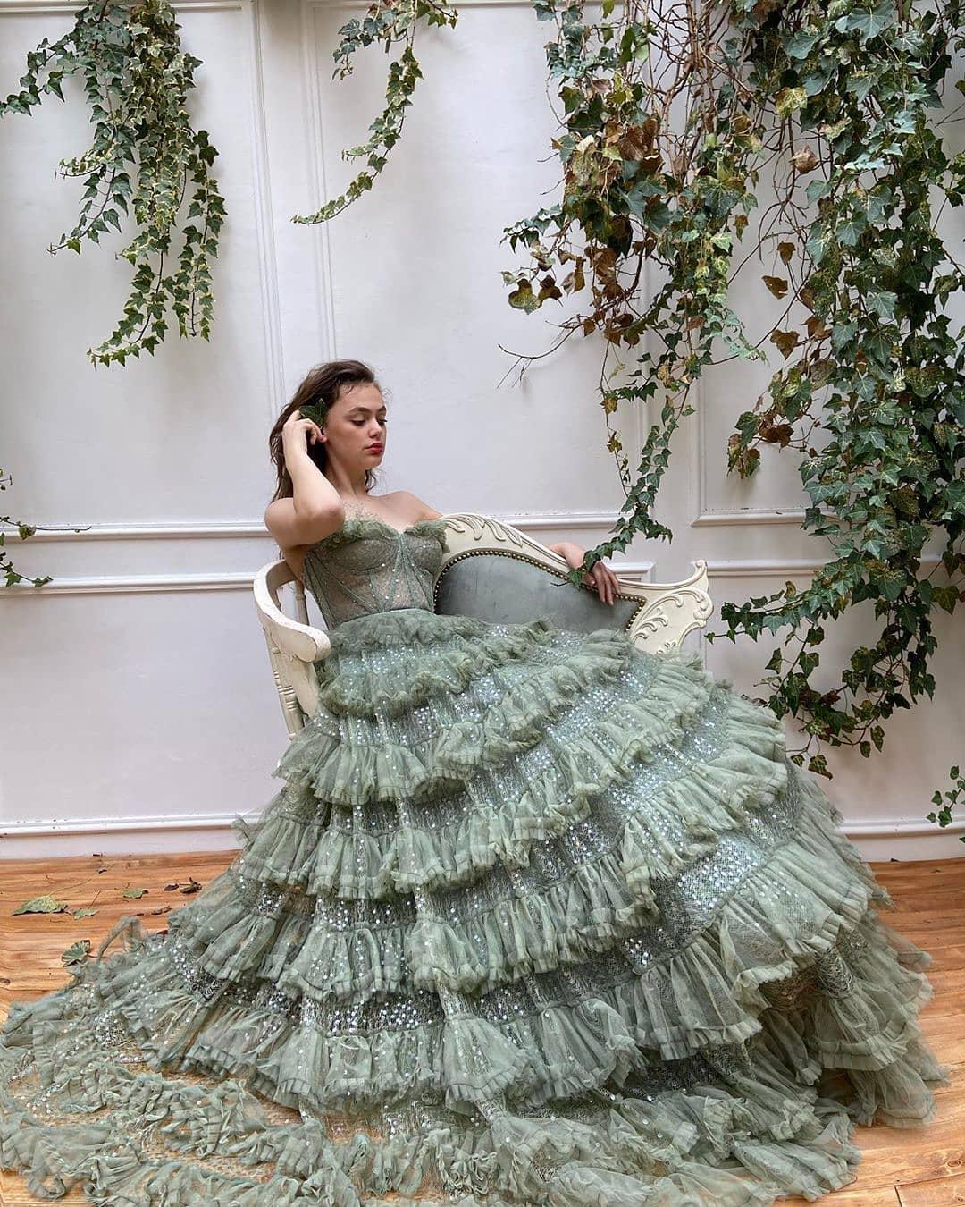 Вечные ценности: 10 трендов свадебной моды 2021 года-Фото 4