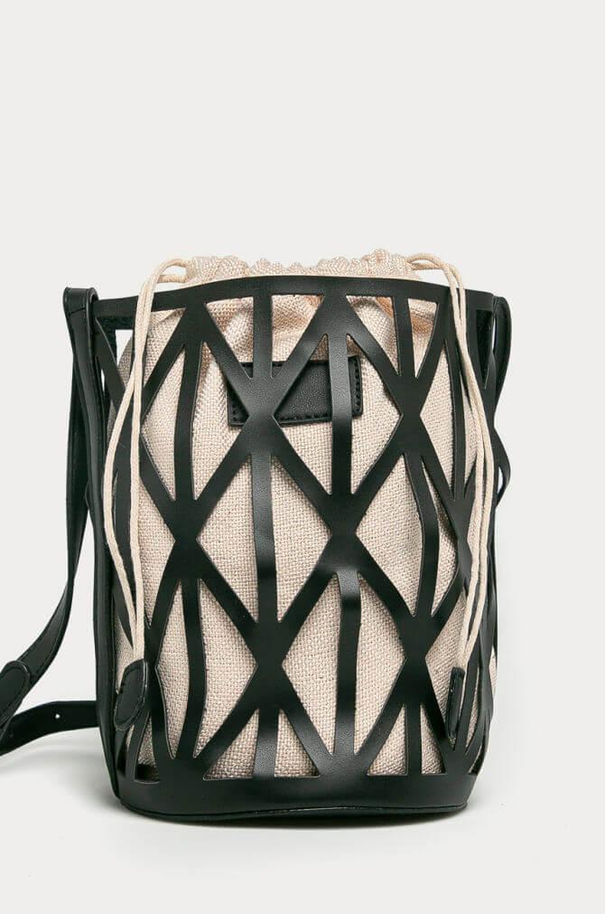 Тонкие намеки: Самаяпопулярная сумкасезона осень-зима 2020/21, и разнообразие текстильного концепта-Фото 9