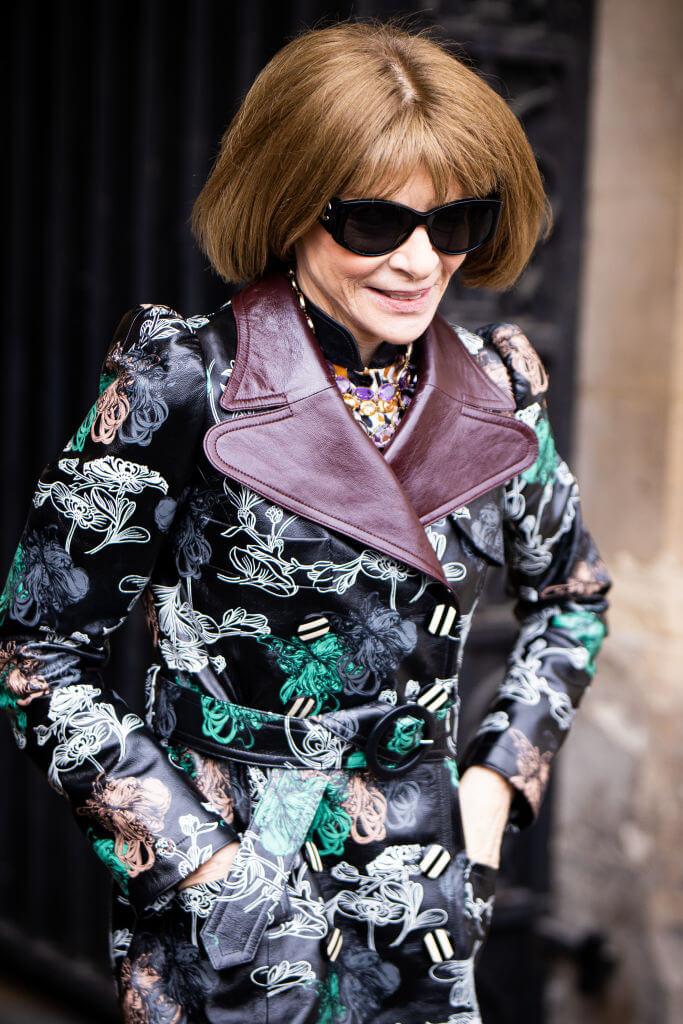 Богиня Vogue-Олимпа: 7 знаковых деталей стиля Анны Винтур-Фото 2