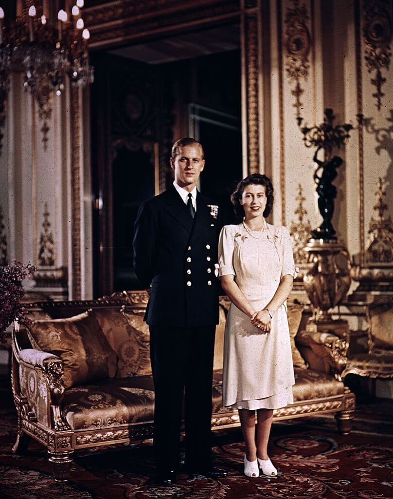 Правнуки королевы Елизаветы II и принца Филиппа подарили имхендмейд-подарок к годовщине свадьбы-Фото 3
