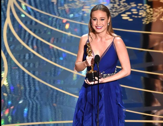 """Актриса Бри Ларсон призналась, что всю жизнь считала себя """"изгоем и уродиной""""-Фото 1"""