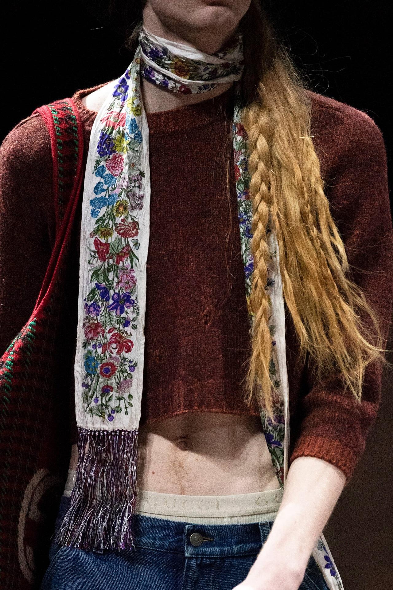 Анна на шее: 8 самых модных вариаций шарфов сезона осень-зима 2020/21-Фото 2
