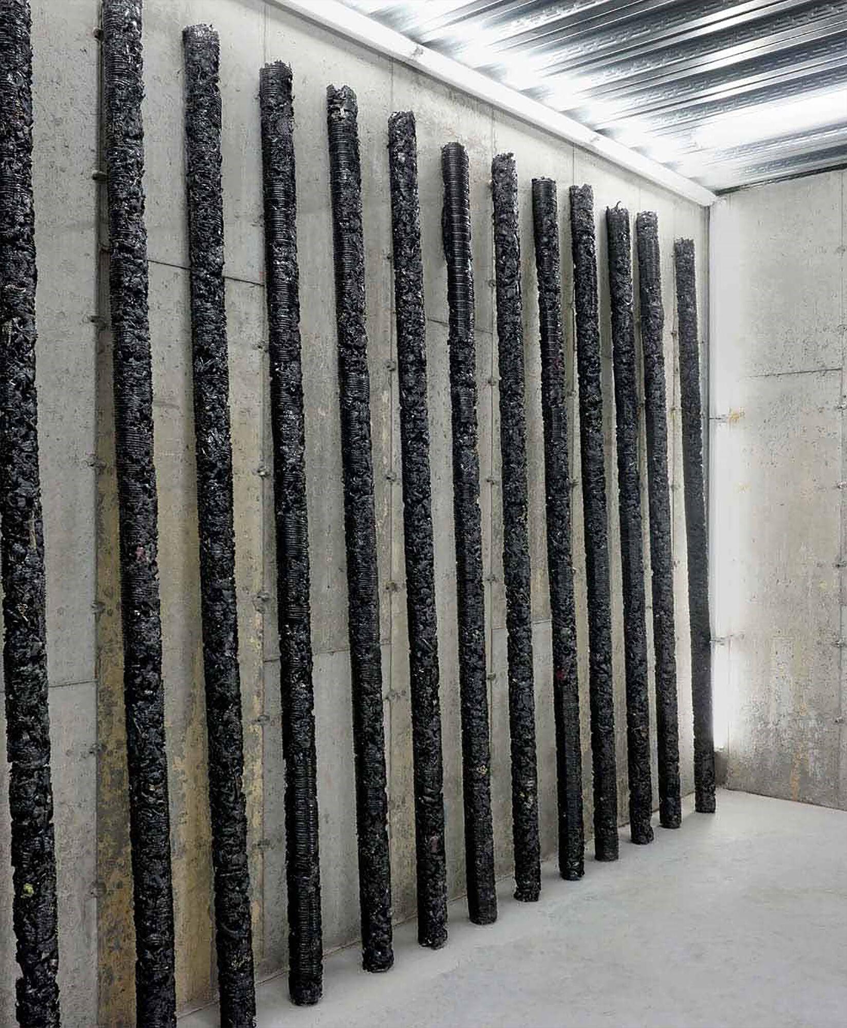 Инсталляция Helmut Lang x Anthony Vaccarello for Saint Laurent Rive Droite