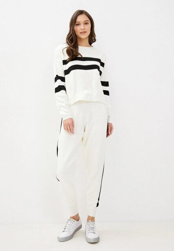 Виктория Бекхэм показала, как превратить домашнюю одежду в актуальный тренд-Фото 2