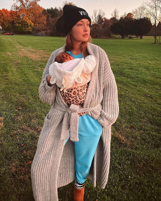 ИоландаХадид показала свежие фото Джиджи и ее новорожденной дочери-Фото 2