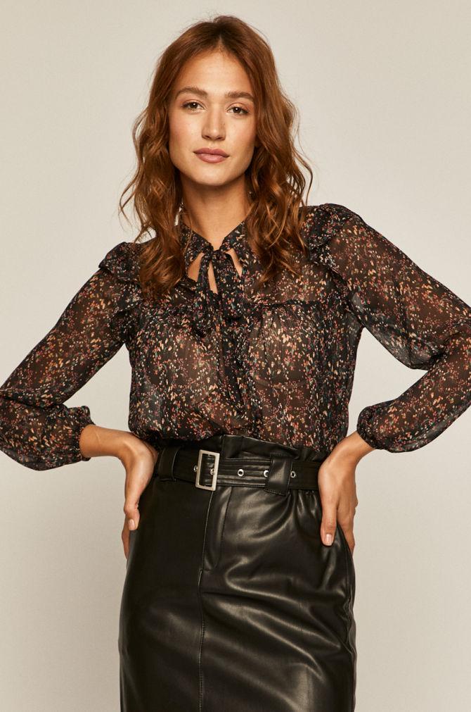 Королевский тренд: Выбираемидеальную блузу, как у Кейт Миддлтон-Фото 9
