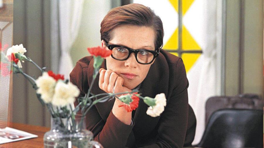Знакомые лица: Ароматы для героинь любимых советских фильмов-Фото 3