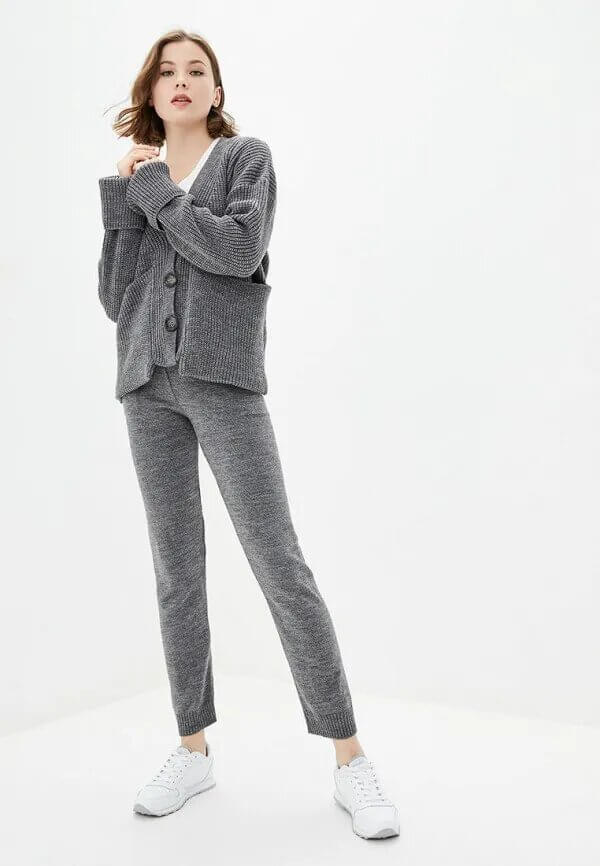 Виктория Бекхэм показала, как превратить домашнюю одежду в актуальный тренд-Фото 8