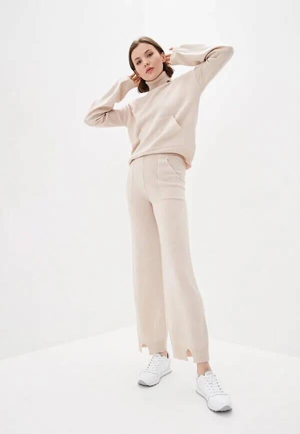 Виктория Бекхэм показала, как превратить домашнюю одежду в актуальный тренд-Фото 6
