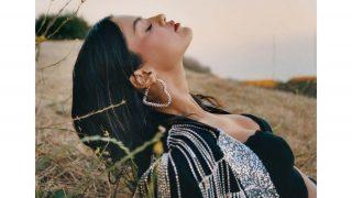Селена Гомес рассказала о том, каксамоизучениевдохновило ее на новый альбом-320x180