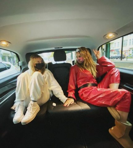 Преемственность поколений:ХайдиКлумготовит свою 16-летннюю дочь в модели-430x480