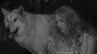 Лана Дель Рей анонсировала выход альбома Chemtrails Over the Country Club