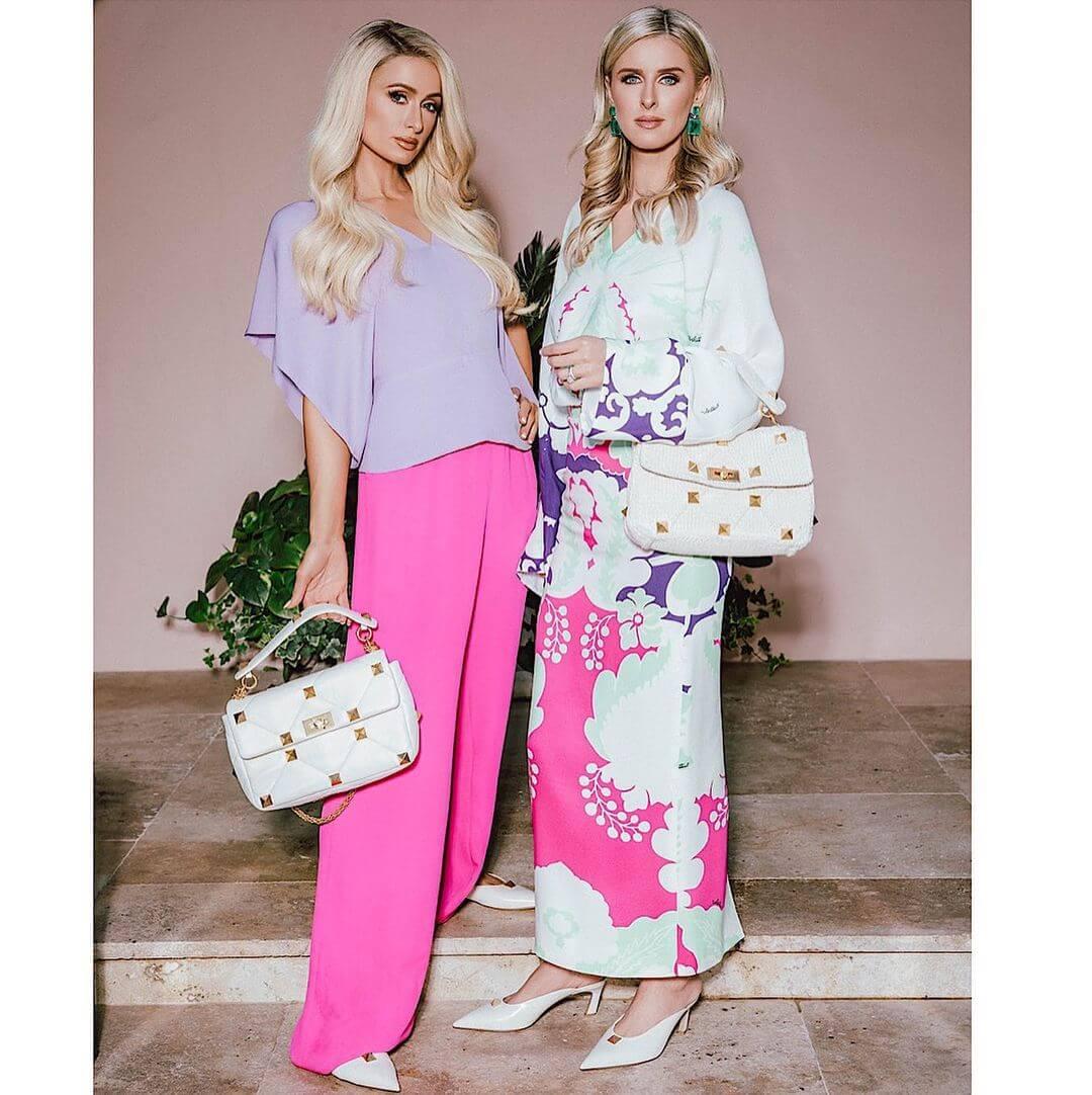 Девушки семейства Хилтон позируют в рекламной кампании Valentino-Фото 3
