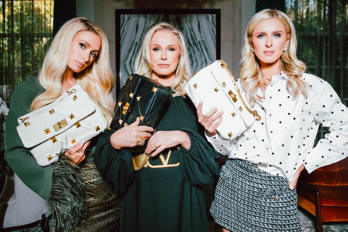 Девушки семейства Хилтон позируют в рекламной кампании Valentino-Фото 1