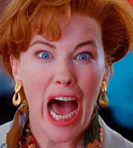 """""""Кевин!"""": Кэтрин О'Хара повторила легендарную сцену из картины """"Один дома 2""""-430x480"""