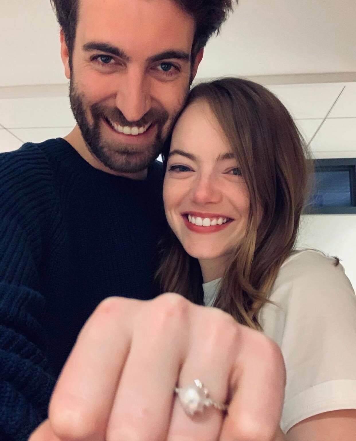 Итоги года: Звездные пары, которые решили пожениться в 2020-Фото 3