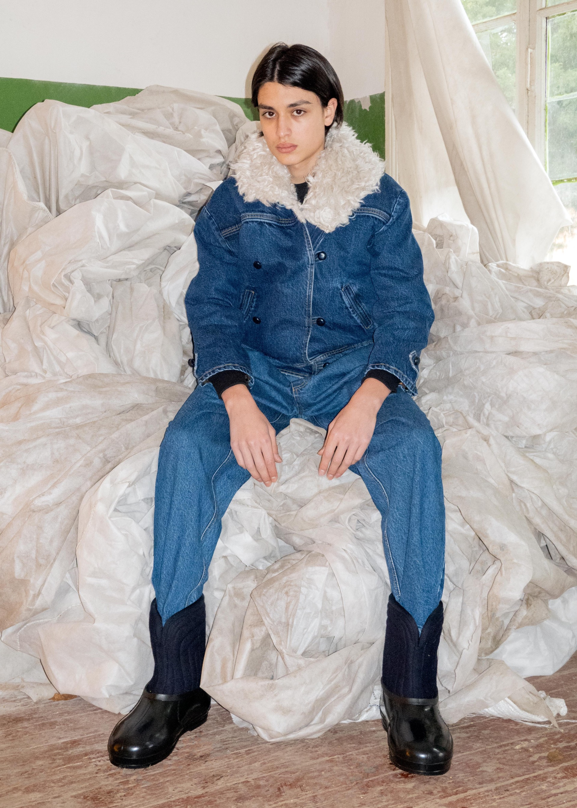 Бренд Ksenia Schnaider выпустил коллекцию верхней одежды из конопли