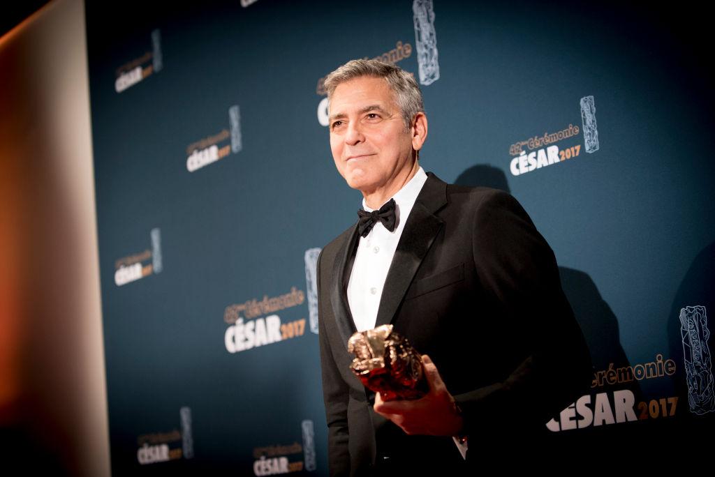 """Джордж Клуни """"требует"""", чтобы ему присвоили звание """"самого сексуального мужчины"""" в третий раз-Фото 1"""