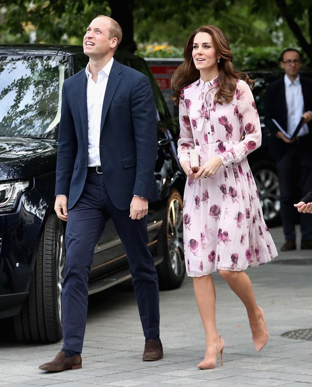 Кейт Миддлтон и принц Уильям отправляются на поезде в путешествие по Великобритании-Фото 1