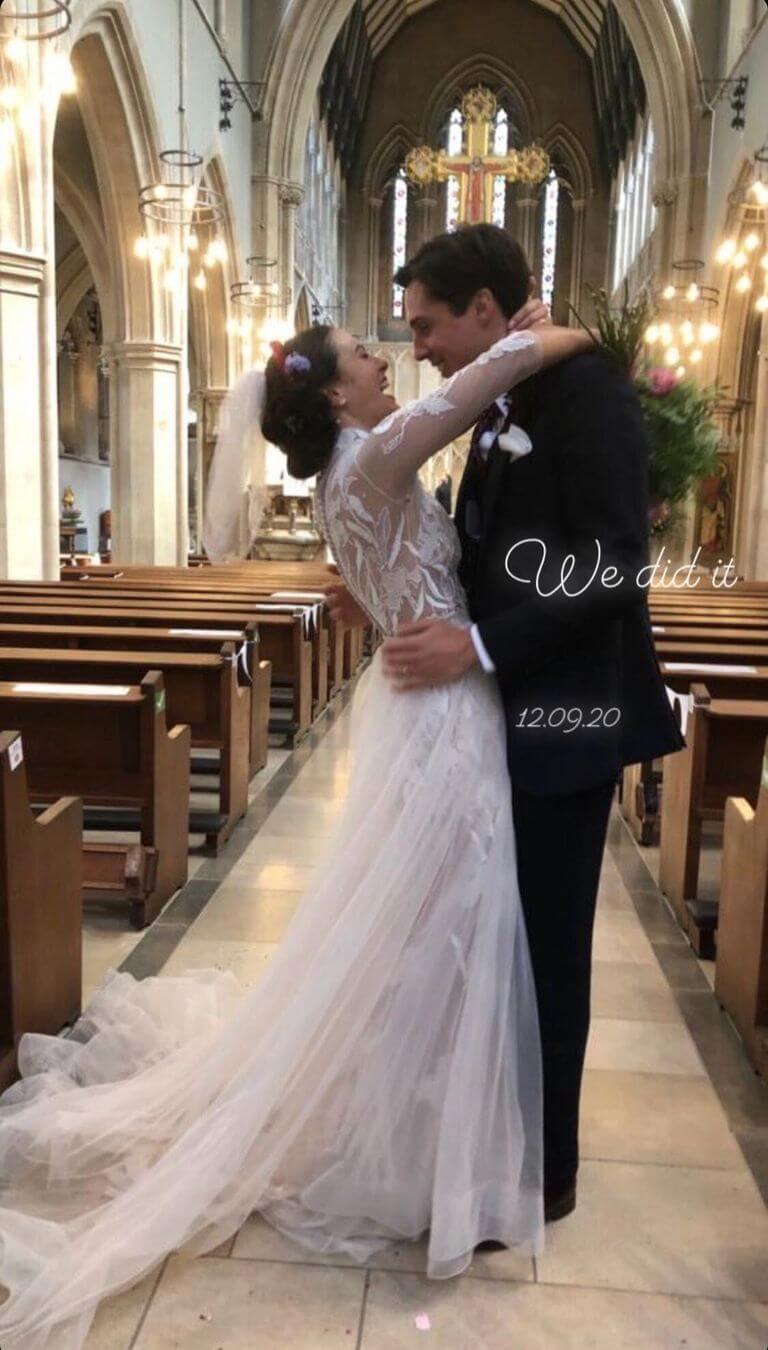 Итоги года: Звездные пары, которые решили пожениться в 2020-Фото 5