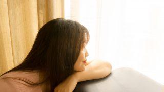 Гормональное выпадение волос у женщин: как это предотвратить-320x180