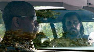 Дензел Вашингтон и Рами Малек гоняются за Джаредом Лето в трейлере фильма «Мелочи»