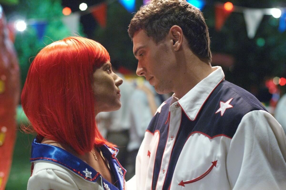 Нереальная любовь: 10 самых неловких экранных поцелуев -Фото 5