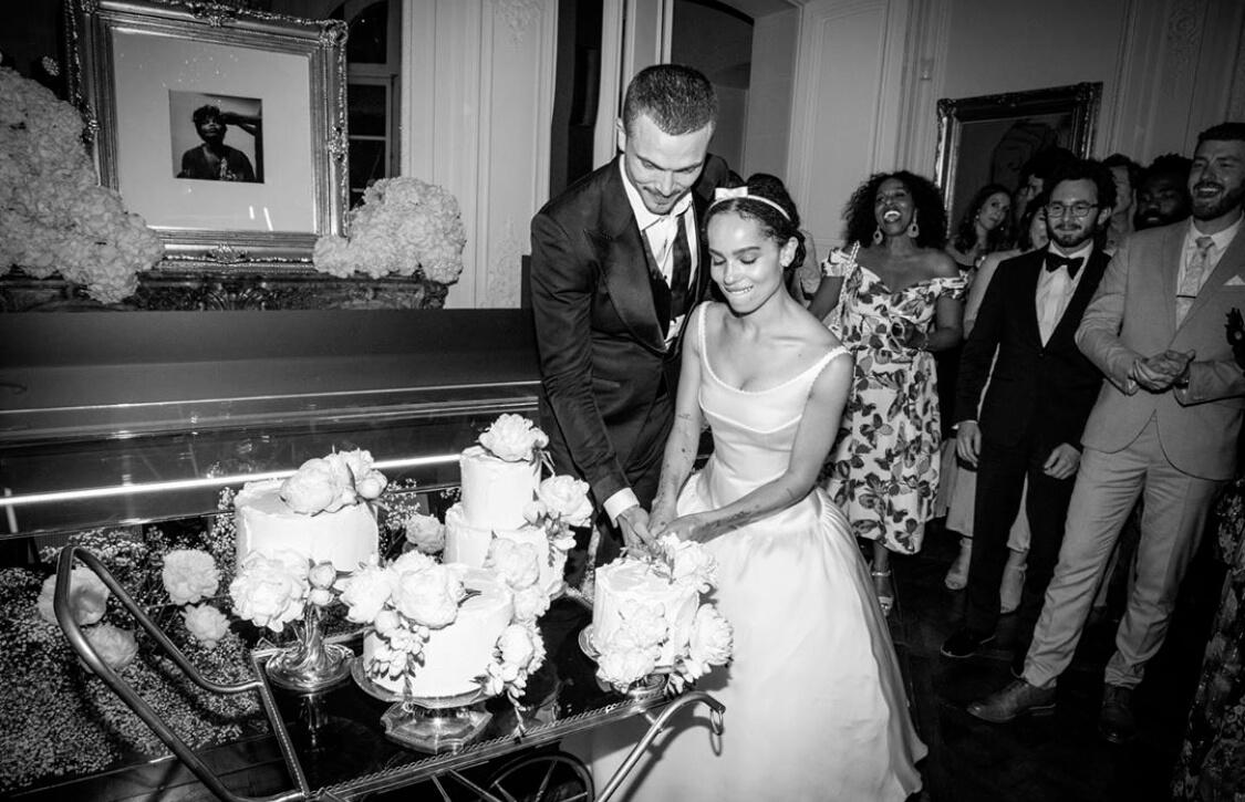 Зои Кравиц разводится с супругом после почти двух лет брака-Фото 1