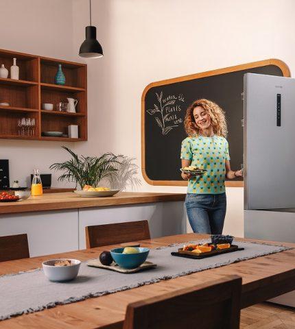 Холодильники Gorenje дозволяють зберігати свіжість продуктів довше — детальніше про нові функції-430x480