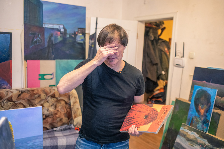 Воювати за Донбас мистецтвом. Ukraїner розповів історію художника, який пройшов полон та катування-Фото 4