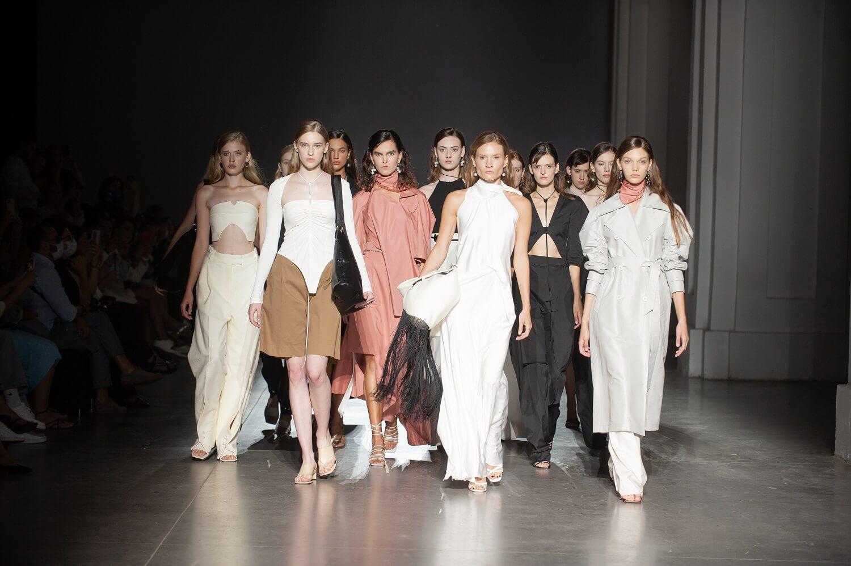 Інноваційний формат Ukrainian Fashion Week No season 2021-Фото 2
