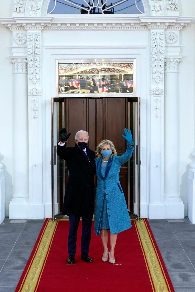 Джилл Байден для инаугурации выбрала наряд, показав уважение к каждому штату-Фото 4