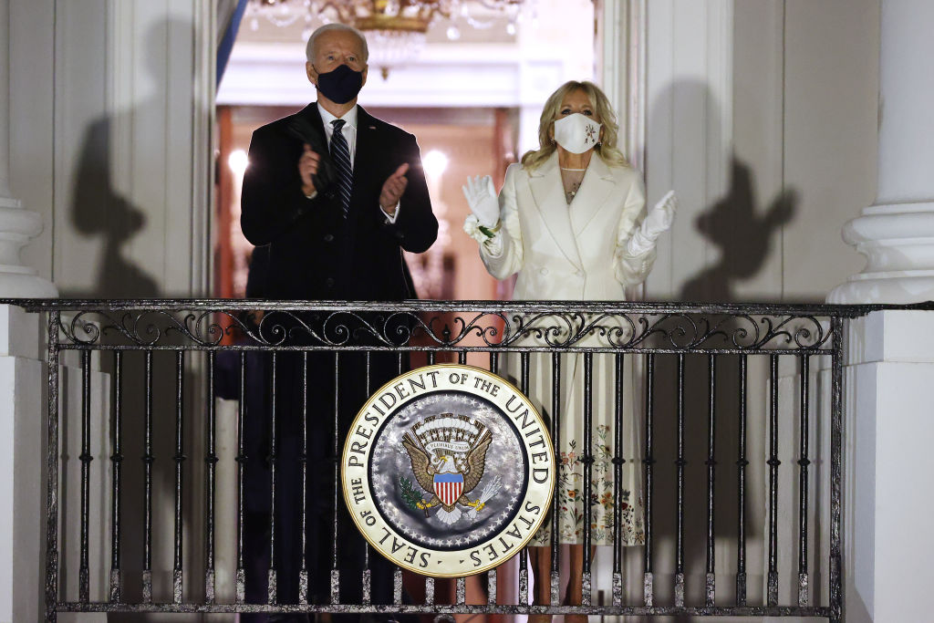 Джилл Байден для инаугурации выбрала наряд, показав уважение к каждому штату-Фото 1