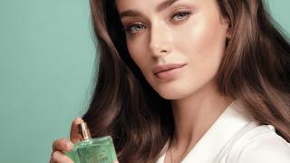 Ксенія Мішина стала обличчям нової лінійки парфумів TTA від Avon-320x180
