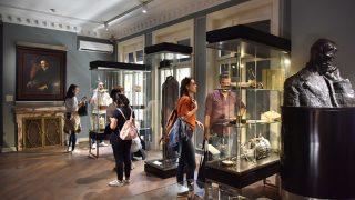 Найцікавіші музеї світу, куди можна потрапити просто зараз-320x180