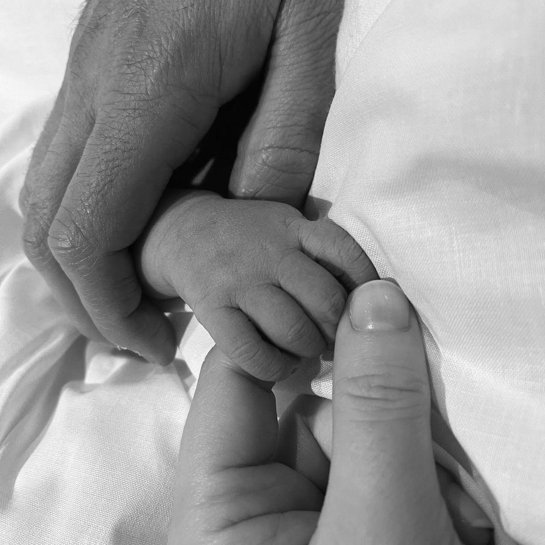 Принцесса Евгения показала фото своего новорожденного сына-Фото 2