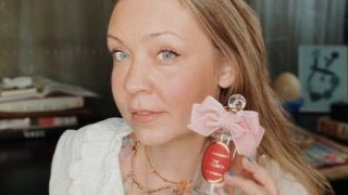 Парфюмерный блогер Ольга Олешова: «Хочу, чтобы и моё творение, могло вызвать теплую улыбку»-320x180