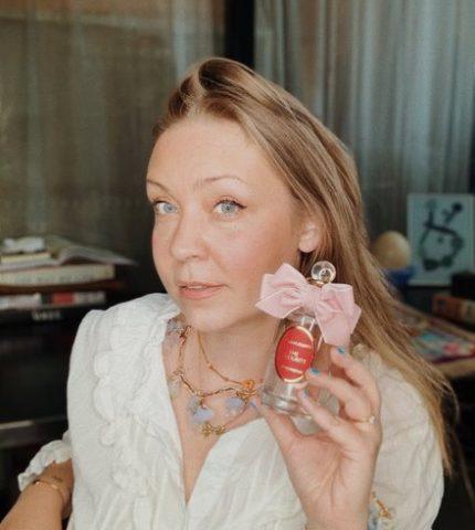 Парфюмерный блогер Ольга Олешова: «Хочу, чтобы и моё творение, могло вызвать теплую улыбку»-430x480