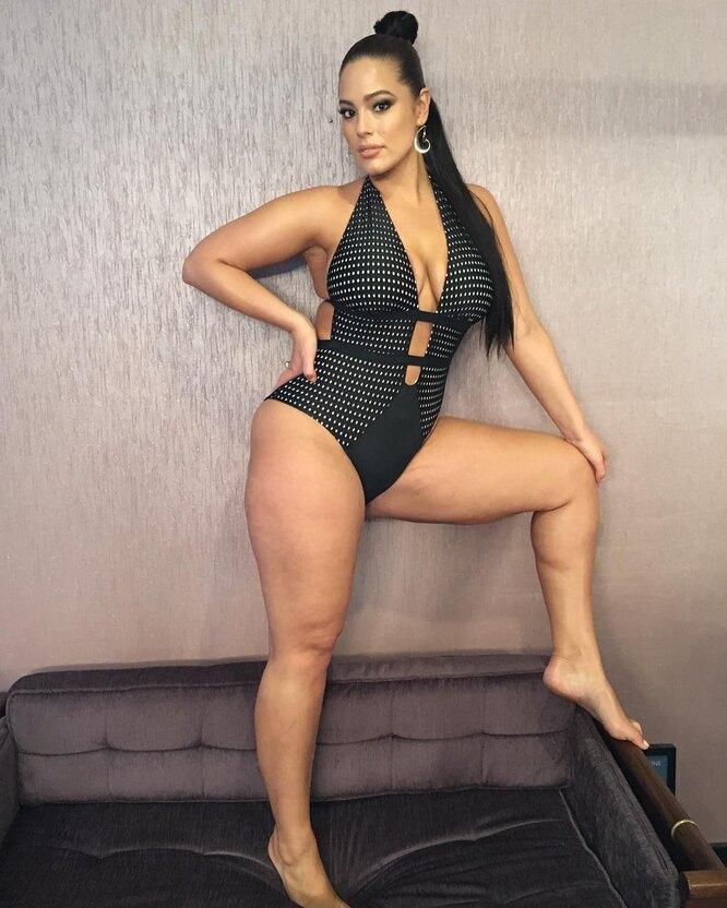 """Эшли Грэм не хочет, чтобы ее называли """"моделью размера +""""-Фото 2"""
