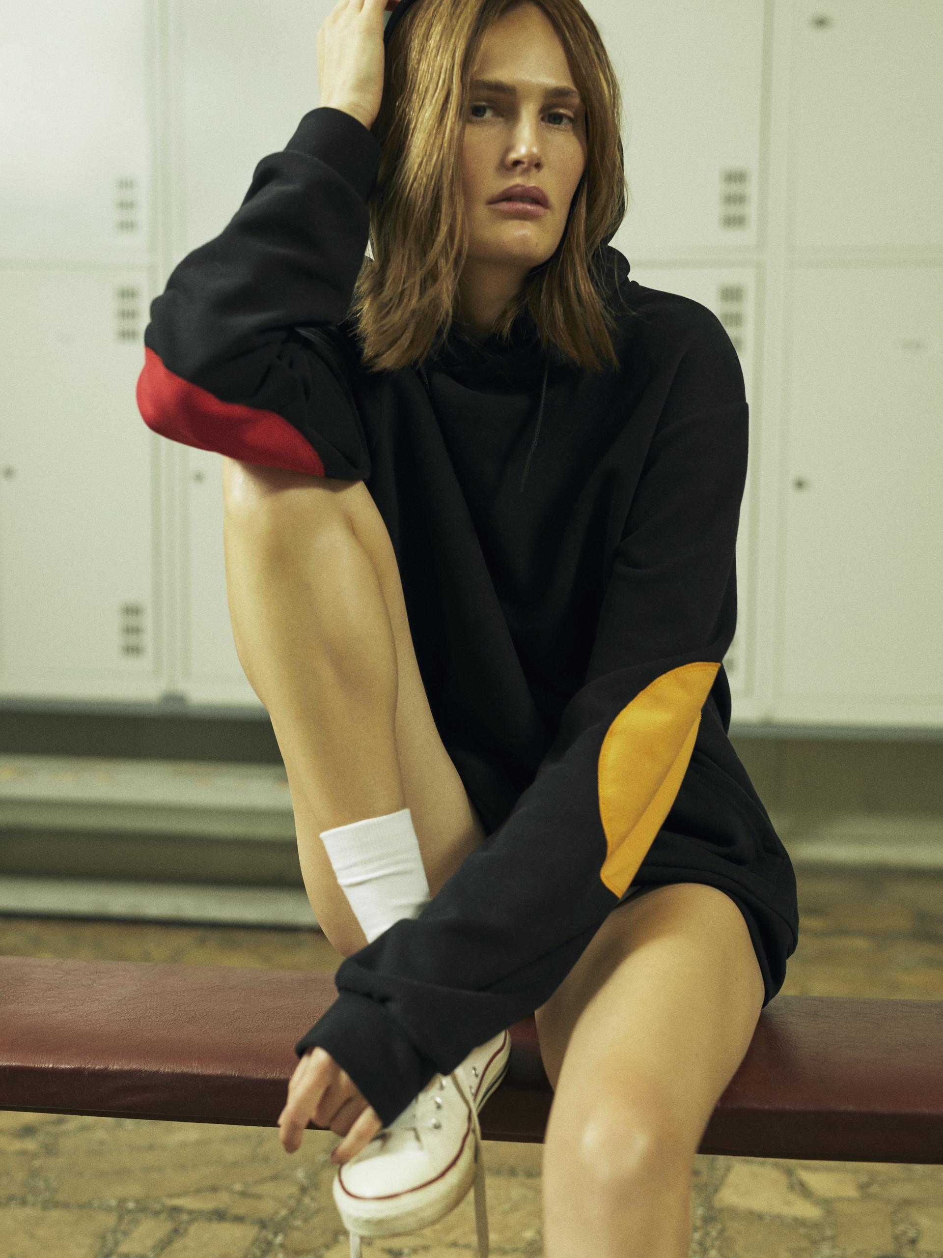 Mastercard і BEVZA представили капсульну колекцію одягу та аксесуарів-Фото 9