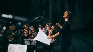 Оксана Линів стане першою жінкою-диригенткою за 145 років історії Вагнерівського фестивалю-320x180