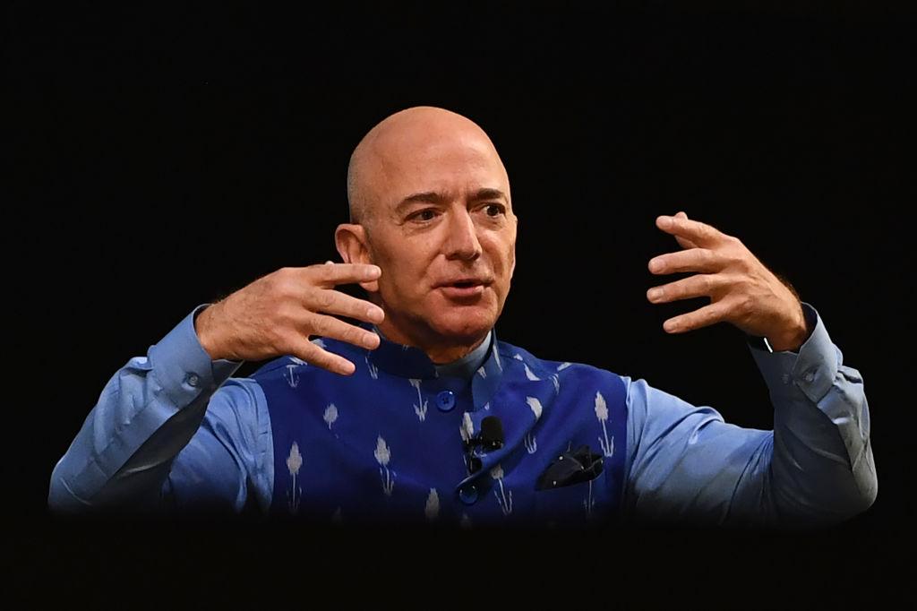 Назван самый богатый человек мира по версииBloombergBillionairesList-Фото 1