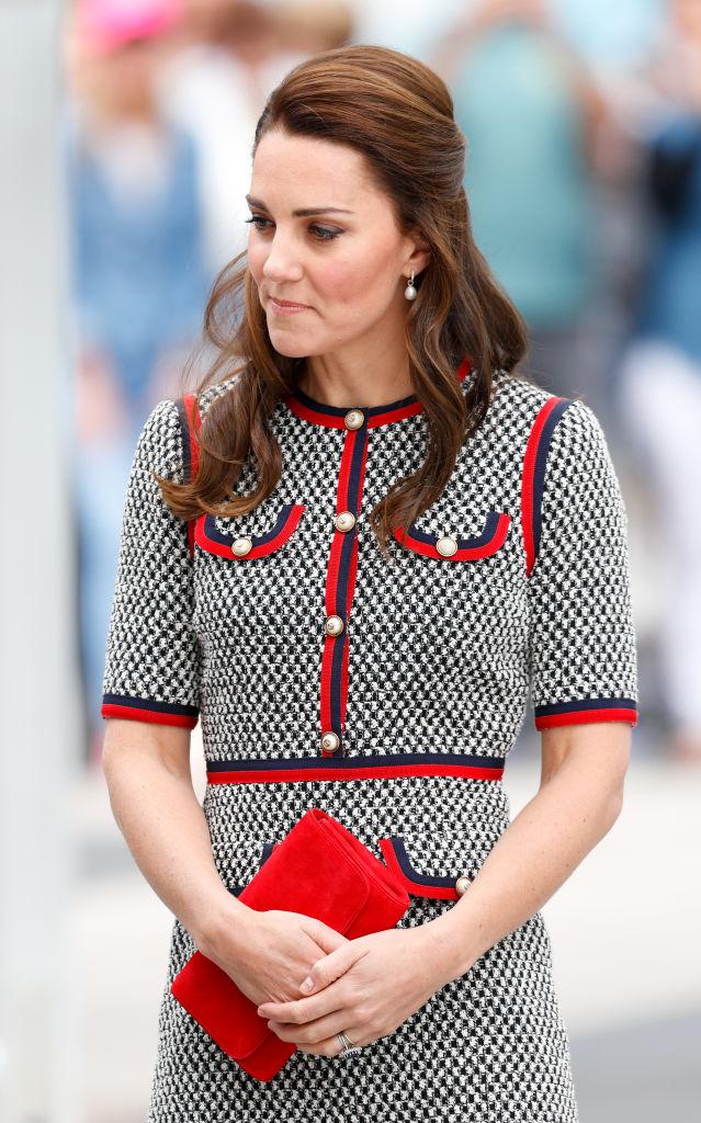 Любимая деталь гардероба Кейт Миддлтон — яркий тренд весны 2021-Фото 3