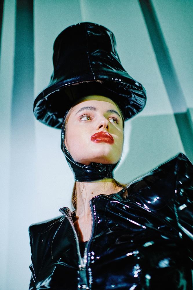 Новые имена: Коллекции молодых дизайнеров Ukrainian Fashion Week No Season-Фото 2