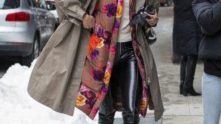 Fashion-обзор: Главные тренды streetstyle на Неделе моды в Нью-Йорке зима 2021-320x180
