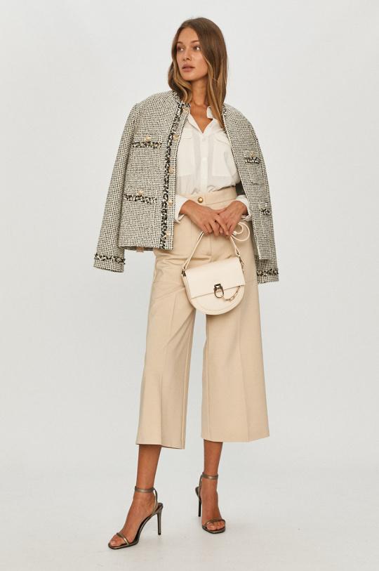 Любимая деталь гардероба Кейт Миддлтон — яркий тренд весны 2021-Фото 4