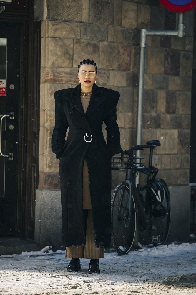 Главные трендыstreetstyleна Неделе Моды в Стокгольме зима 2021-Фото 6