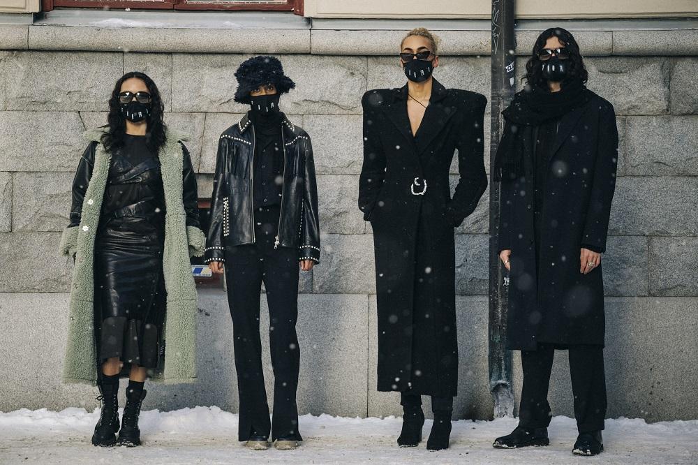 Главные трендыstreetstyleна Неделе Моды в Стокгольме зима 2021-Фото 1