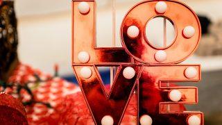 4 сценарії з вечірніми коктейлями до Дня закоханих-320x180