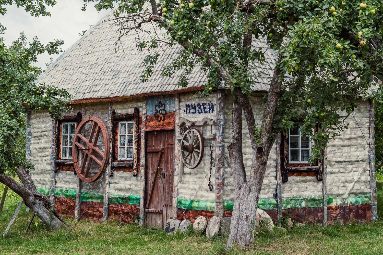 Музей з пляшок Серафима Леська-Фото 2